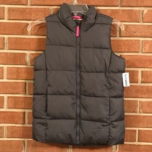 Girls brand new puffy vest from old navy